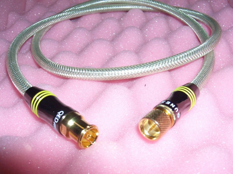 QED QUNEX TTV AND TTVE F-TYPE TO FEMALE COAX LEAD 1 Metre