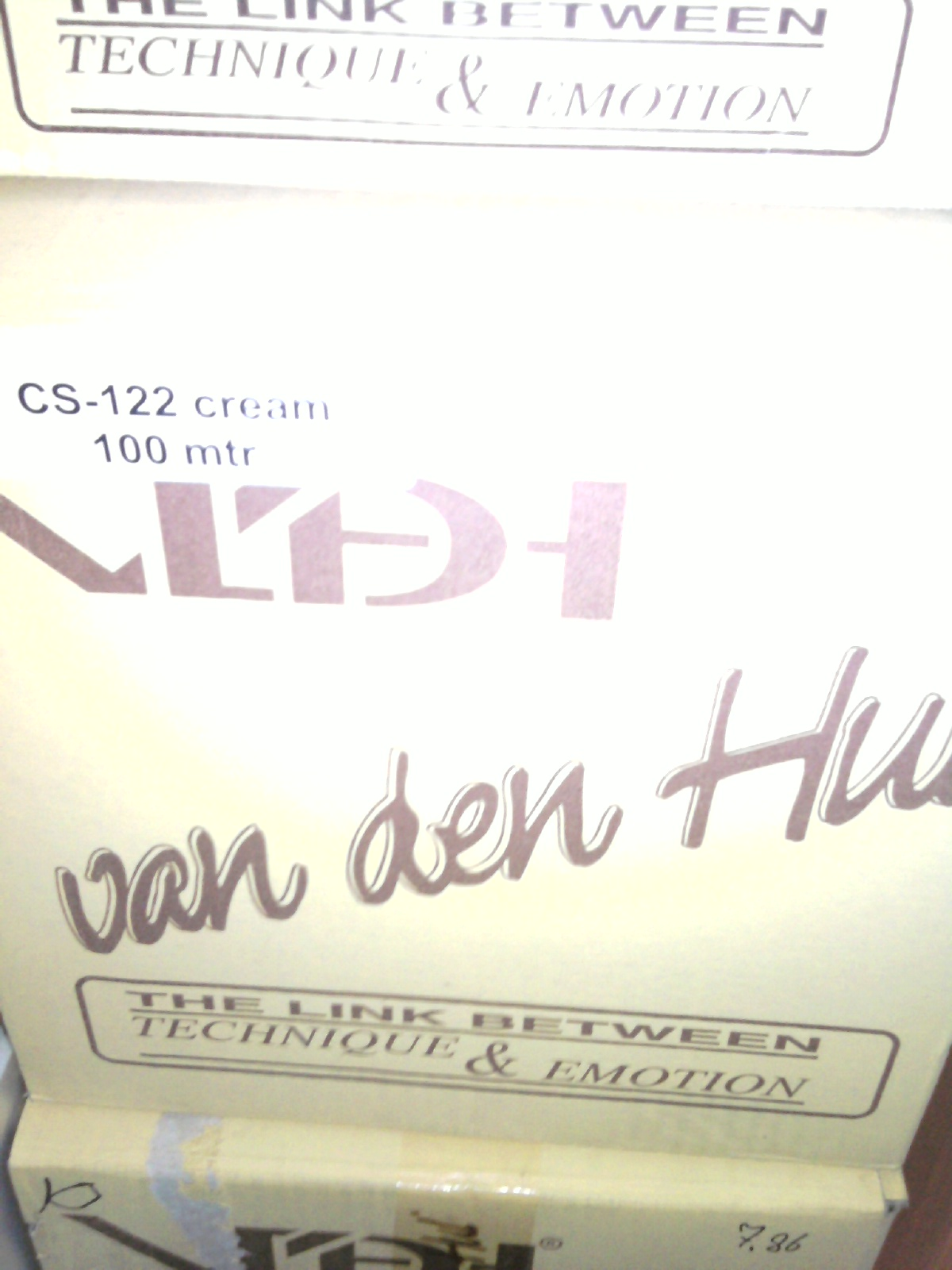Van Den Hul The CS-122 Hybrid Speaker Cable