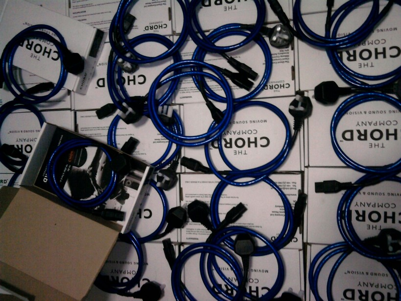Chord SuperScreen mains cable 1.5metre include shipping
